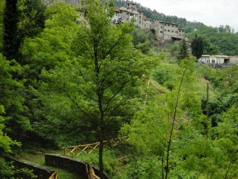 """Sentiero dei """"Mastri Cartai"""" a Pietrabuona, Pescia"""